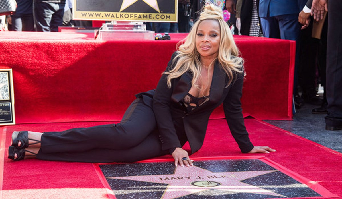 Hollywood Honored Mary J Blige With Star On Walk of Fame www.HustleTV.tv