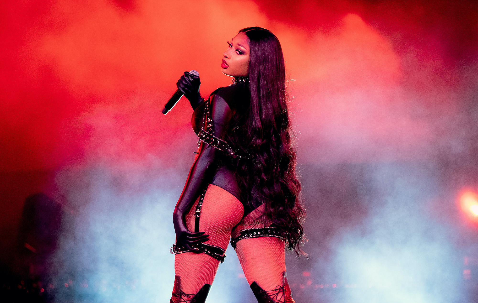 HustleTV.tv HustleTV Megan Thee Stallion Performs new Single Body At AMAs DJ Hustle